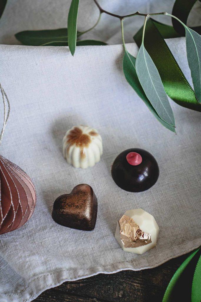 Weihnachtsgeschenke bestellen: Handgemachte Pralinen